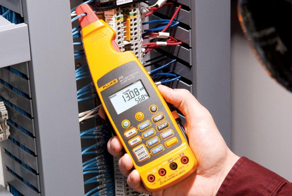 Fluke Electronics Corporation™ | Multimeters, Clamp Meters, Testers